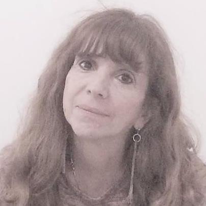 Lic. Estela Chardón